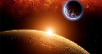 4 Challenges Standing Between Us and Mars
